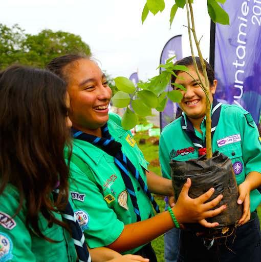 Jóvenes exploradores participan en el evento sobre medio ambiente