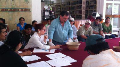 """Fracasa un """"peritaje masivo"""" en el Kinich Kakmo de Izamal: una experta del INAH nacional se queda en ascuas"""