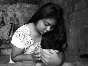 El suplicio de una ceiba hace de ella una fotógrafa de las luchas del pueblo maya