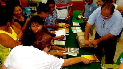 Estrena el INBA un lote de libros en lengua maya
