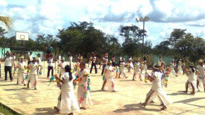 La lengua maya se debe enseñar desde la casa por los padres