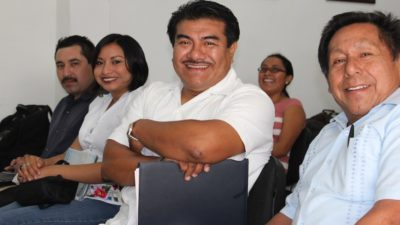 Enseñar totalmente en maya, piden expertos en educación