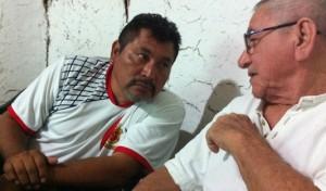 Los escritores mayas Lázaro Kan y Jorge Echeverría, en Maní