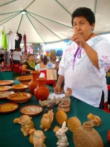 Rosa Galera, ceramista de Ticul.